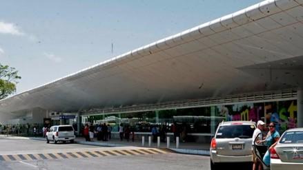 Peruano cae intentando ingresar 100 mil dólares falsos a Cancún