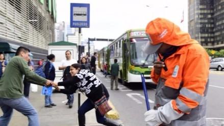 Serenos encubiertos resguardarán paraderos en San Isidro