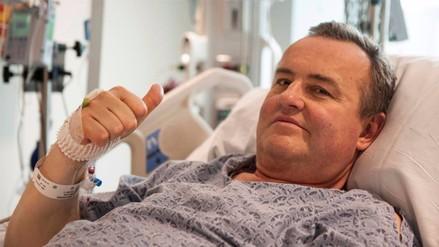 Enfermo de cáncer recibe el primer trasplante de pene en EE.UU.
