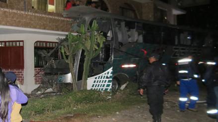 Chancay: Bus se estrella contra restaurante y causa nueve muertos