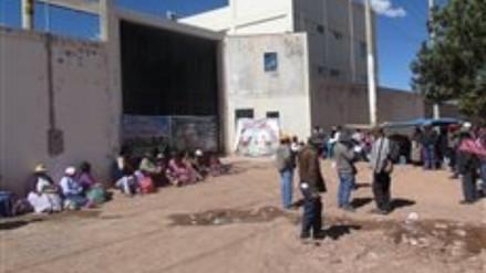 Pobladores de Ocuviri realizan plantón contra minera Aruntani