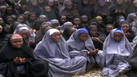 Rescatan a una de las niñas secuestradas por Boko Haram