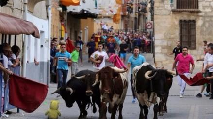 España: prohíben matar a toros en controvertidas fiestas tradicionales