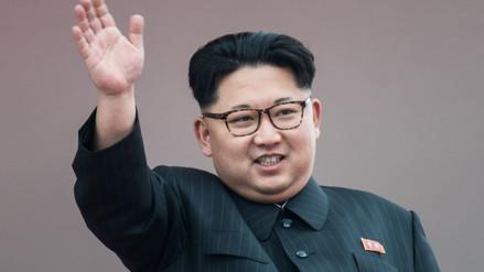 Kim Jong-un lleva dos meses sin fumar en público
