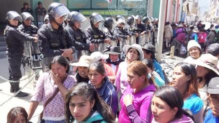Huancayo: más de diez intervenidos en desalojo de invasores en Azapampa