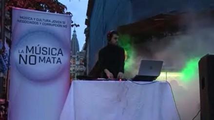 Argentina: Jóvenes protestan con fiesta electrónica frente a Parlamento