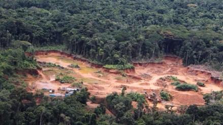 Once distritos de Madre de Dios en emergencia por contaminación