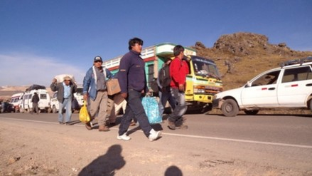 Permanece bloqueada carretera Cajamarca - Bambamarca