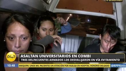 Asaltan a estudiantes universitarios a bordo de una combi