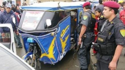 Presuntos sicarios asesinan a dos jóvenes mototaxistas