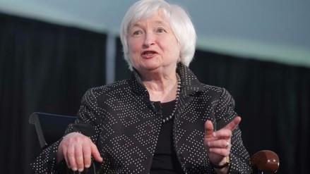 Yellen: Si economía de EE.UU. repunta, alza de tasas será apropiada