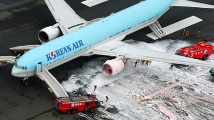 YouTube: avión de Korean Air se incencia y realizan sorprendente evacuación