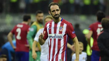 Champions League: hinchada ovacionó a Juanfran, pese a fallar penal