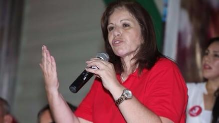Lourdes Flores pide prudencia hasta conocer porcentaje mayor