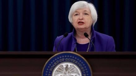 Los inversionistas del mundo esperan el mensaje de Janet Yellen