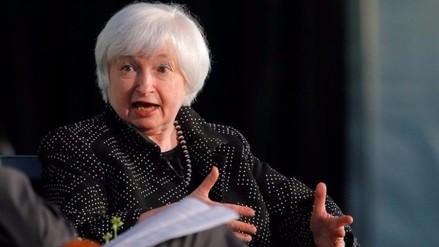 Yellen ve alza de tasas pero no da pistas de cuándo se darán