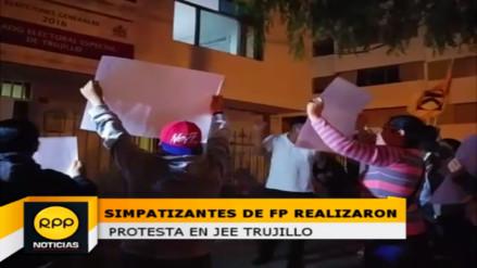 Trujillo: simpatizantes de Fuerza Popular realizan protesta en JEE