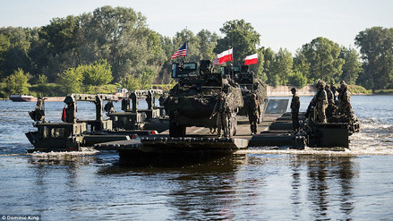 El espectacular ejercicio militar de la OTAN en Polonia que disgustó a Rusia