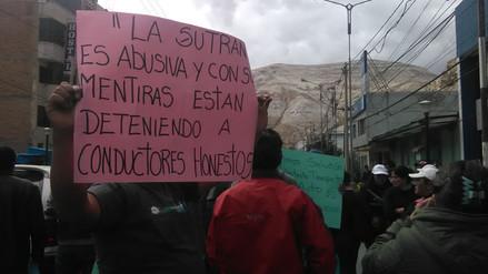 La Oroya: transportistas y comerciantes protestaron contra Sutran