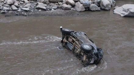 Fiscal queda gravemente herido tras caer un abismo de 100 metros