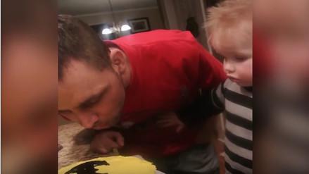 YouTube: reacción de niño al ver una torta de Batman es viral