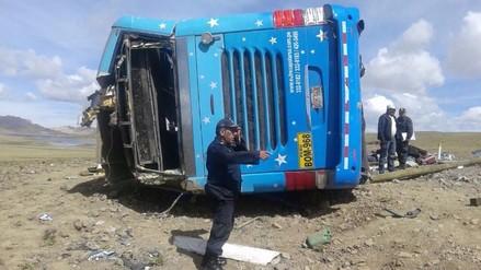 Lucanas: familiares no puede recoger cuerpos de fallecidos en accidente