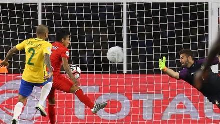 Perú vs. Brasil: ¿el gol de Raúl Ruídiaz fue realmente mano?