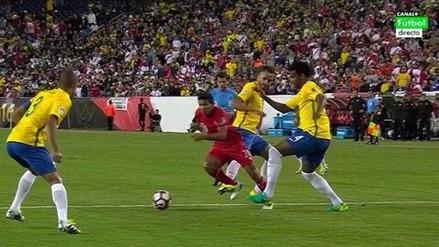 Perú vs. Brasil: la falta sobre Edison Flores que pudo terminar en penal