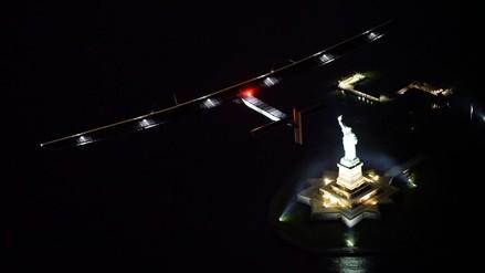 Avión solar sobrevoló la Estatua de la Libertad