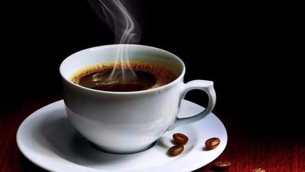 OMS: Tomar bebidas muy calientes podría generar cáncer