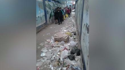 Lima: denuncian basura en vía colocada por la MML