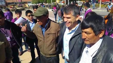 Huancayo: Julio Guzmán recolecta firmas para formar partido Morado