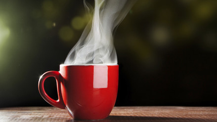 ¿Qué explica el nexo entre las bebidas calientes y el cáncer?