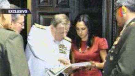 Fotografías muestran a Nadine Heredia reunida con altos mandos militares