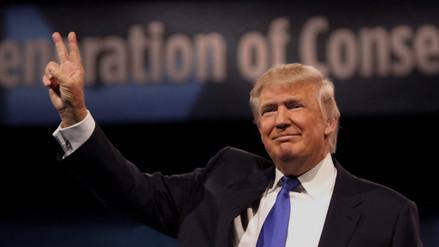 Donald Trump sugiere que todos los musulmanes en EE.UU. deben ser etiquetados