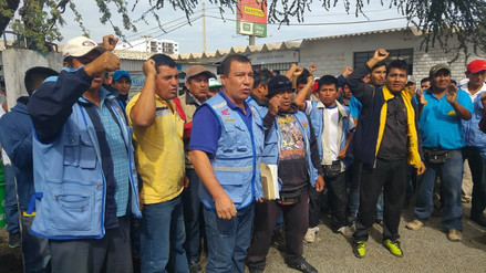 Chiclayo: mototaxistas realizan plantón en Gerencia de Transporte