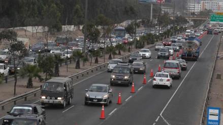 Cúster aplastó vehículo en Lurín: dos personas murieron