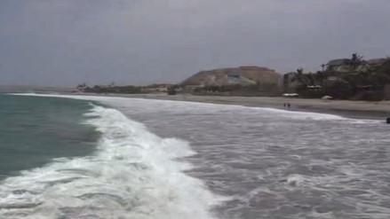 Cierran puertos y caletas en litoral de Tumbes por fuerte oleaje