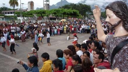 Moyobambinos celebran Fiesta de San Juan con tradicional baño bendito