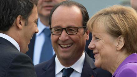 Merkel se reunirá hoy con Hollande y Renzi para afrontar crisis por
