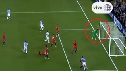 Argentina vs. Chile: Claudio Bravo realizó extrema atajada en la final