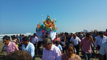 Pescadores de Lambayeque rinden homenaje a su patrón San Pedro