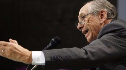 Murió el escritor futurista Alvin Toffler, autor de