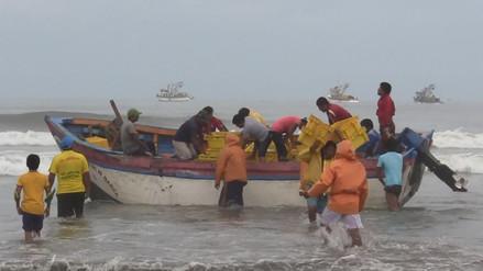 """Pescadores de Santa Rosa reciben """"regalo"""" de San Pedro"""