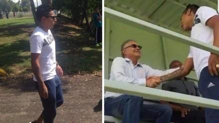 Video: Raúl Ruidíaz llegó al Monarcas Morelia para firmar contrato