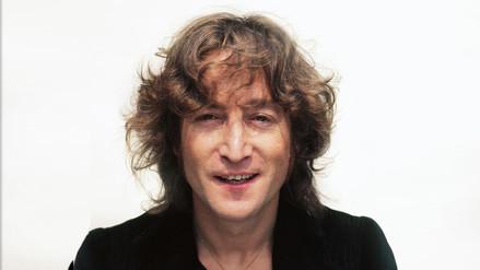 Venden camisa manchada con sangre de John Lennon