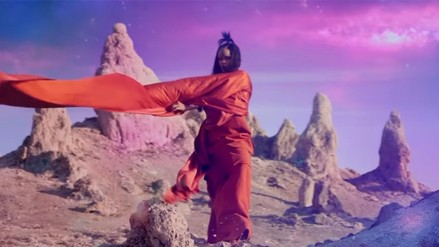 "YouTube: mira el nuevo videoclip de Rihanna ""Sledgehammer"""
