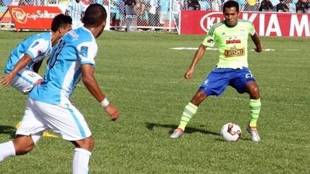 Cristal venció 2-0 a Alianza Atlético y es líder del Descentralizado