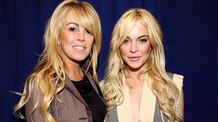 Lindsay Lohan: su madre fue internada en el hospital
