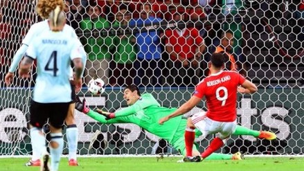 Gales vs. Bélgica: Robson-Kanu realizó 'reloj' y anotó a lo Romario